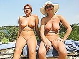 Amateur Photo Mature Women at the Beach